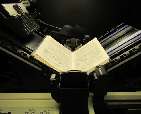 bncl_-_laboratorio_de_digitalizacion_escaner_kirtas_-_detalle_03